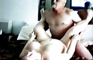Violet Dögös, Tini uralom felett az új barátja sex a konyhában