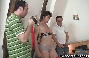 A szamár összeütközött aleska pornó az ostorral, a nővér pedig egy barátnővel