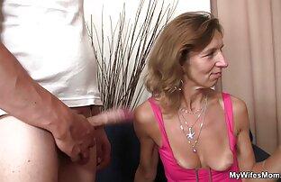 A konyhában, amikor az emberek bemennek oral sex videok a nappaliba