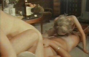 Menj anya fia szexvideo a szájába játszani egy orosz